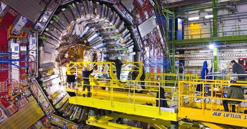 Újra indul a CERN részecskegyorsító