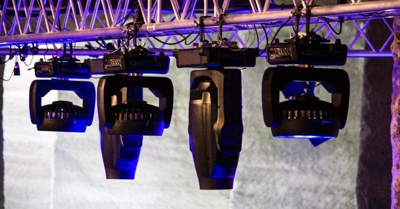 A Fertőrákosi Barlangszínház megújult fénytechnikája