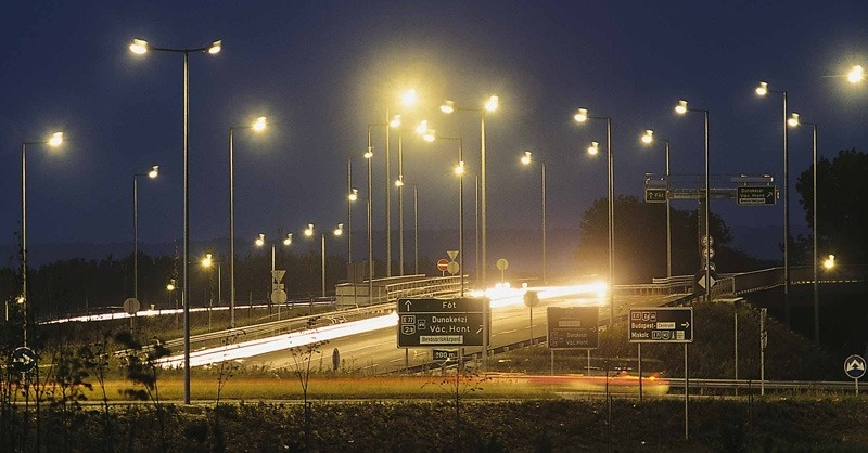 Egymilliárd forint Budapest közvilágításának LED-es korszerűsítésére