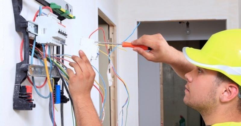Itt a kormányhivatal válasza a villanyszerelői regisztrációval kapcsolatban