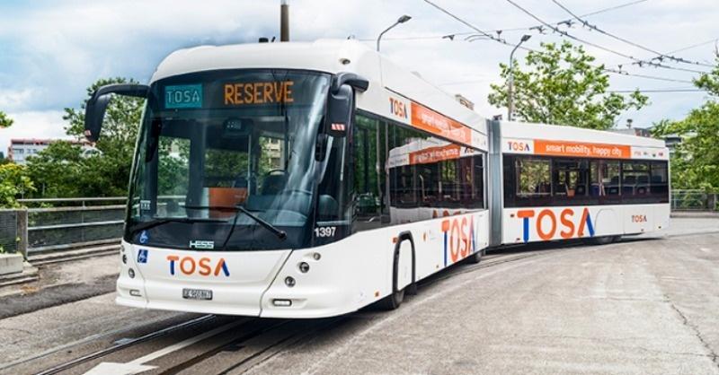 Másodpercek alatt töltődnek a svájci e-buszok