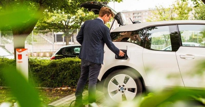 Az európaiak hisznek abban, hogy áttörés lesz az elektromos autózásban