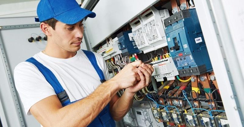 Jelentős változások a villanyszerelő szakma életében