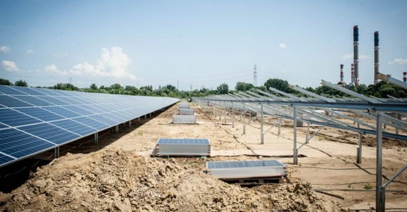 Épül Magyarország egyik legnagyobb naperőműve!