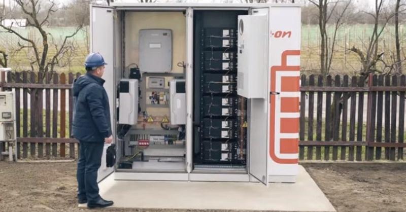 Működik az első hazai közcélú energiatároló egység