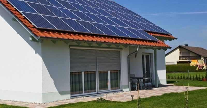 Folyamatosan bővül a háztartási méretű kiserőművek beépített kapacitása