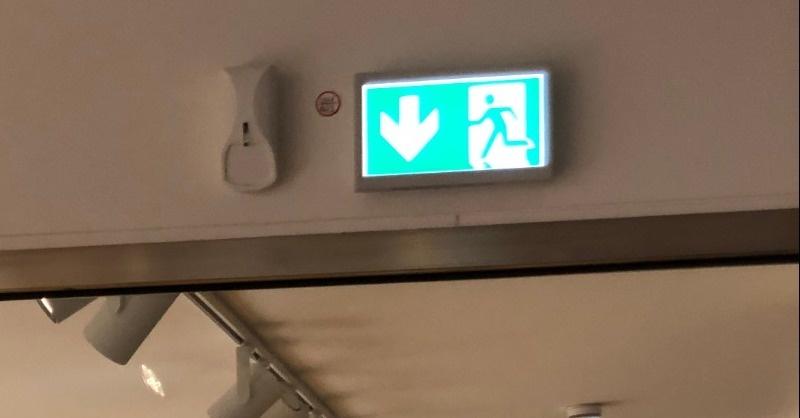 Innovatív vészvilágítási rendszer az óramúzeumban