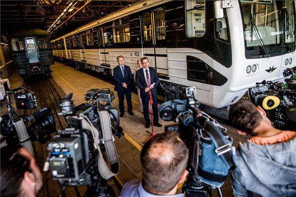 Jövő márciusban indulhat a felújított metró