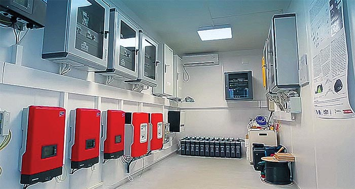 Energetikai rendszer  (napelemes és akkumulátor inverterek,  akkumulátorok, elosztószekrények)
